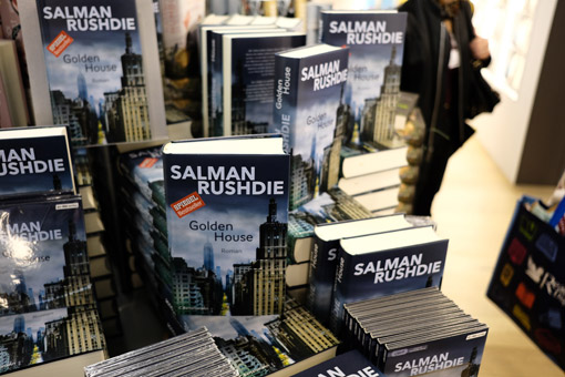 FBM17_01Rushdie_GoldenHouse